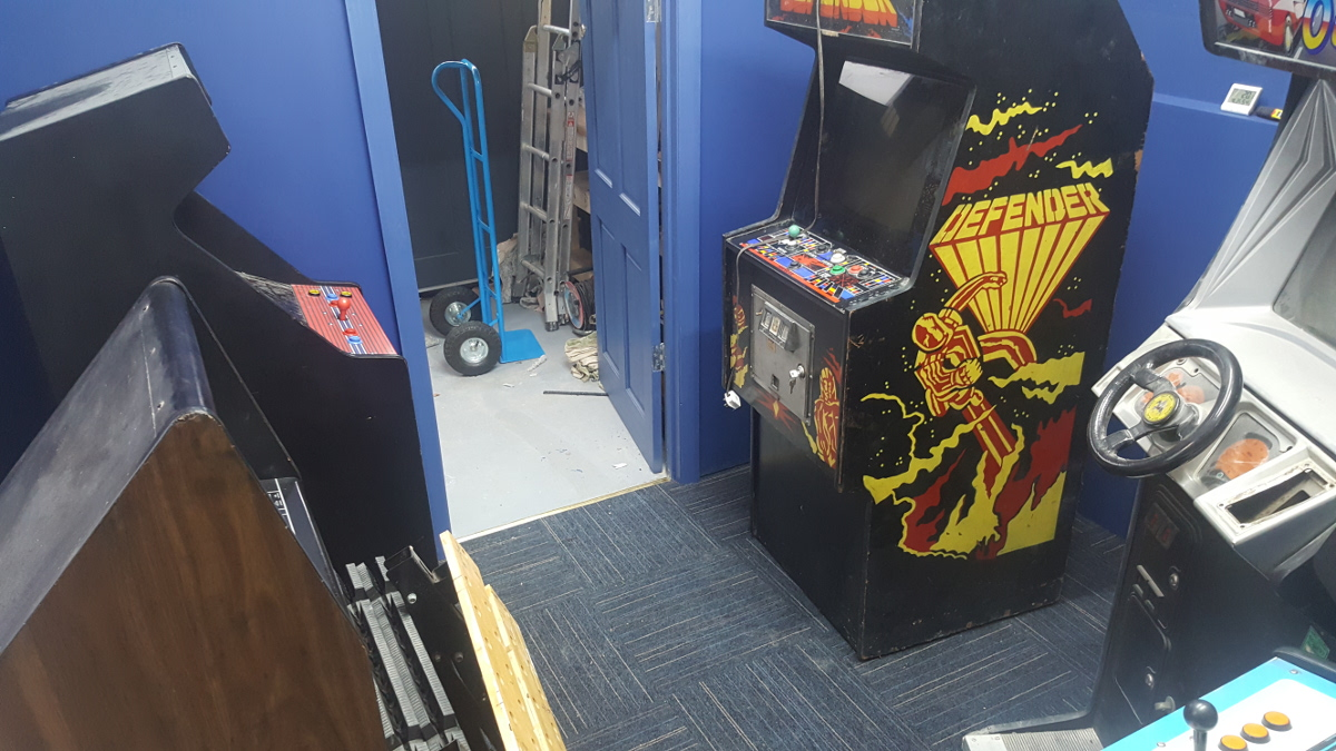 cabs in game room